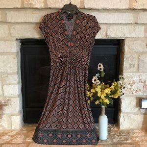 Simple dress with a statement!